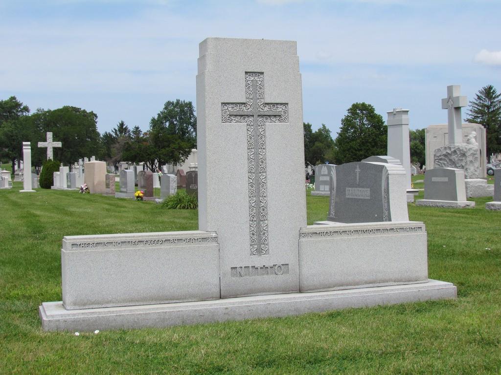 Frank Nitto Grave (Nitto)