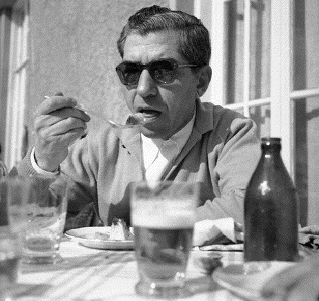 Lucky Luciano Eating