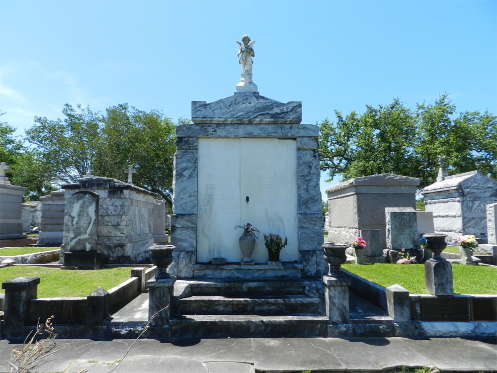 Walter Lamana Burial