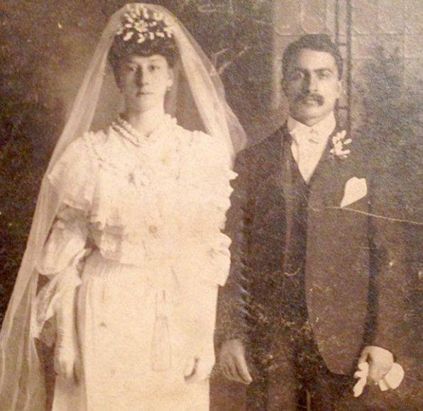 Wedding picture of Esther and Michele Pipitone