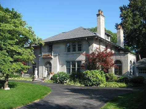 House in Grosse Pointe