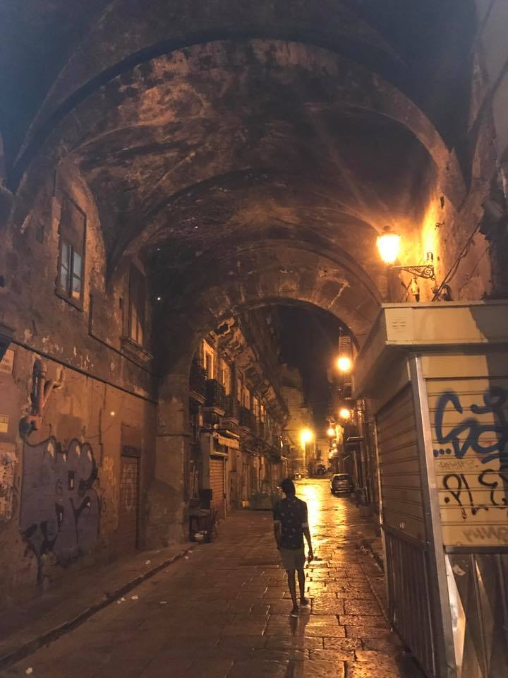 alleyway in Palermo's old town