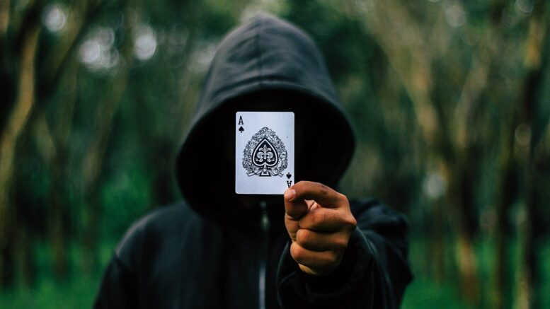 Infamous Scams and Crime in Poker Worlds